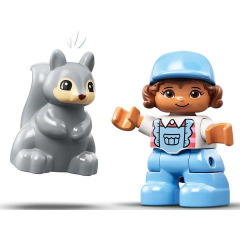 Конструктор LEGO DUPLO Семейное приключение на микроавтобусе 10946 Превью 6